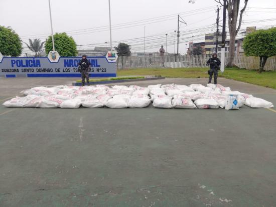 Policía decomisa en Guayaquil una tonelada de droga que iba a Rusia y España