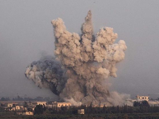 Masivo ataque de yihadistas
