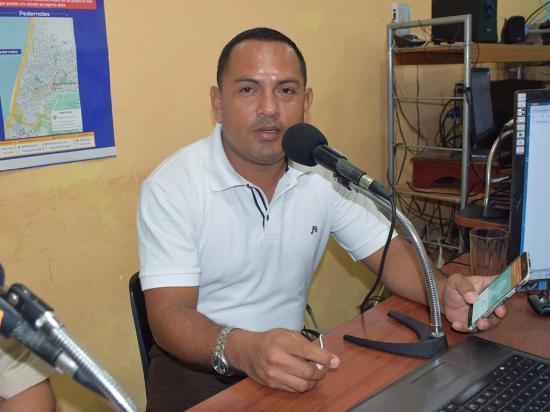 Desde hace 20 años jorge Sárchez es un  apasionado por la radio