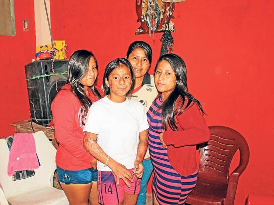 Tres hermanas aún enfrentan a la tragedia
