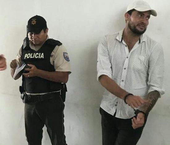 """El Clarín llama """"marginal"""" a Kaviedes"""