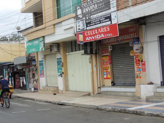 Asaltan local de celulares en Portoviejo