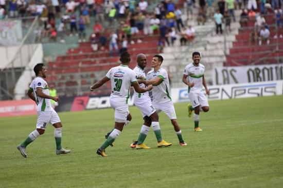 Video: Liga de Portoviejo ganó 2-0 al América en el Reales Tamarindos
