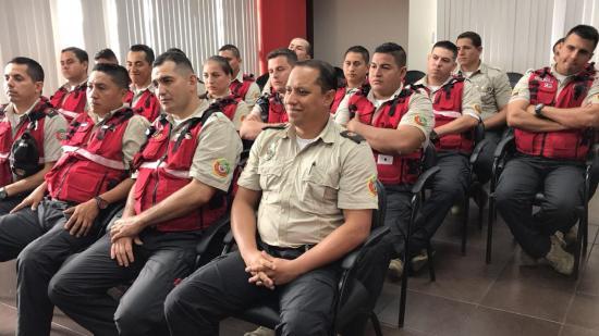 18 bomberos con nombramiento