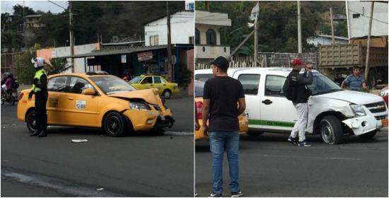 Un choque entre dos vehículos en la avenida 15 de Abril se registró esta mañana