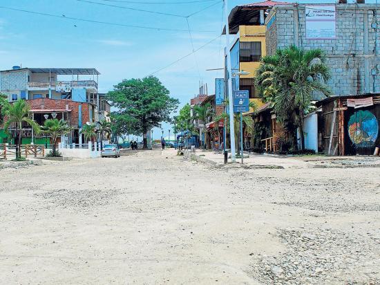 Seis calles serán arregladas en Puerto López gracias a un crédito bancario
