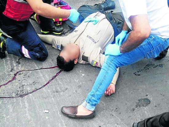 Policía grave por accidente