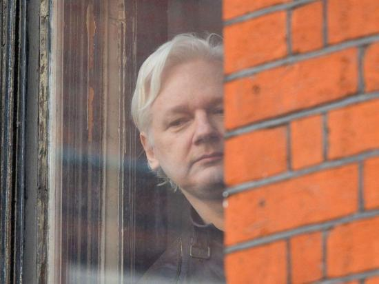 Ecuador ha establecido contacto con el asistente legal designado por Assange