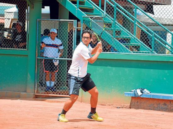 Diego Quiroz gana en su debut en el Tamarindo Open