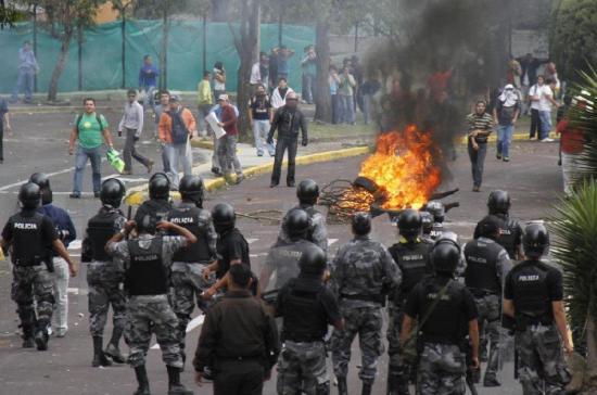 ''Víctimas del 30S'' asegura que en Ecuador no hubo golpe de Estado a Correa