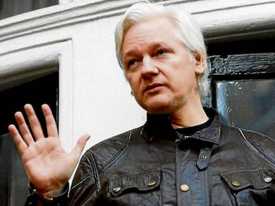 Ecuador establece contacto con abogado de Julian Assange