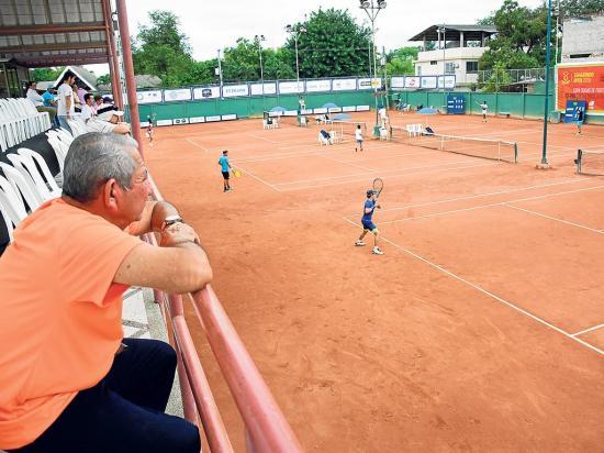 March y Gómez a cuartos de final en el Tamarindo Open
