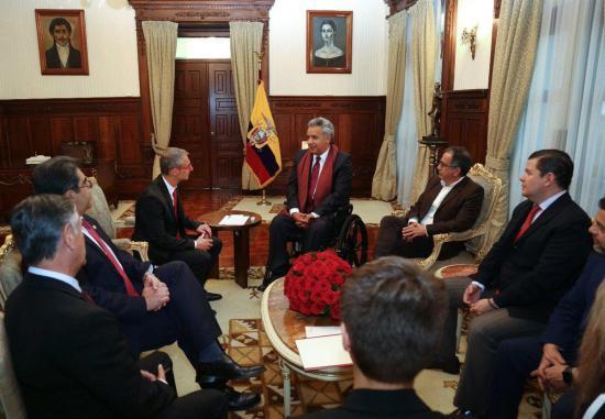 Lenín Moreno recibe a rector para afianzar lazo académico con España