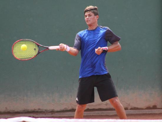 Emilio Gómez a  semifinales