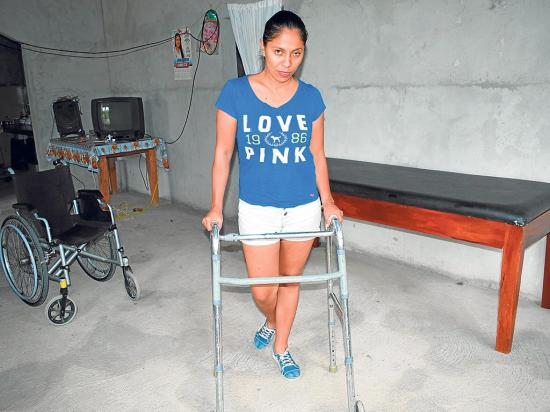 Bala la dejó sin poder caminar