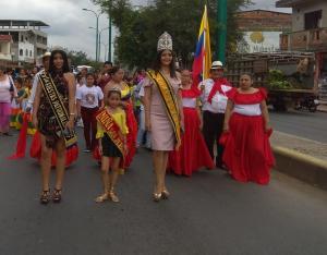 Paján: Cascol da inicio a sus fiestas patronales con colorido desfile