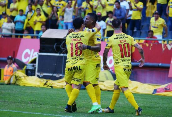 Barcelona, puntero absoluto tras vencer 2-0 a Independiente del Valle