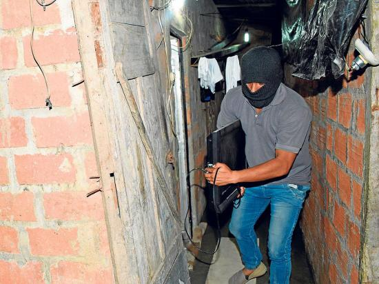 "70 viviendas ""visitadas"" por ladrones"