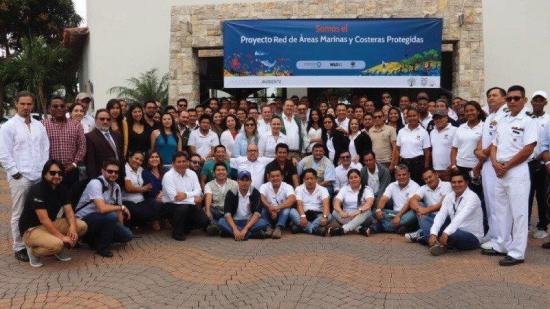 Ecuador lanza proyecto para salvaguardar su biodiversidad marina y costera