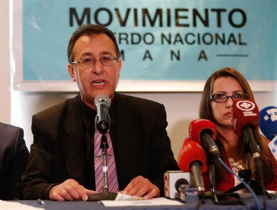 ''Expulsión'' de Correa busca frenar acceso de sus seguidores a elecciones
