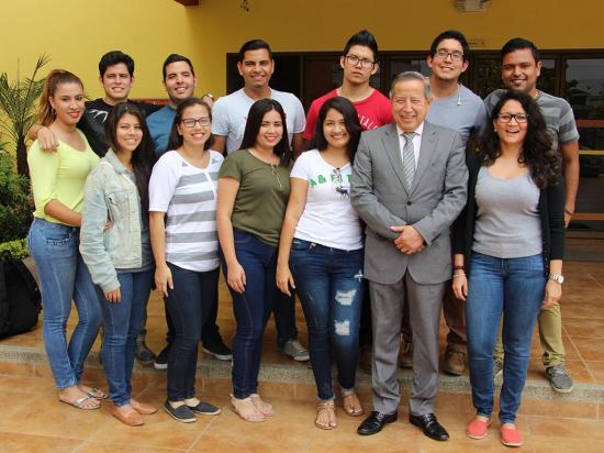Estudiantes manabitas se capacitarán en  Medellín, Colombia
