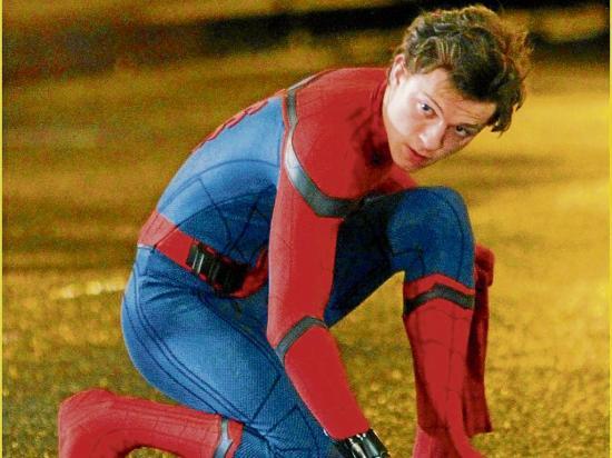 Ahora Spider-Man está 'lejos de casa'