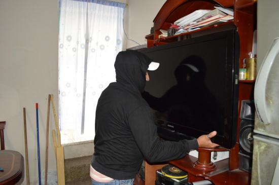 Santo Domingo: Se llevan una sábana y un televisor