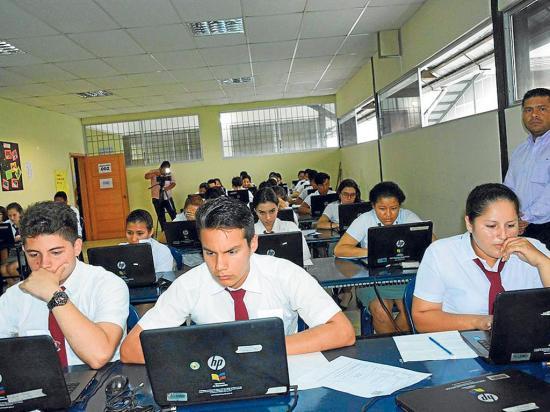 Ser Bachiller registró más de 170 mil postulantes a estudios superiores