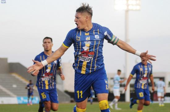 Delfín suma tres puntos de visitante frente al Guayaquil City [2-0]