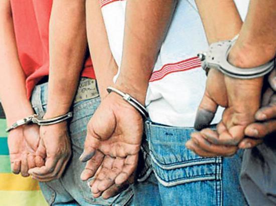 Capturan a tres presuntos ladrones en un operativo