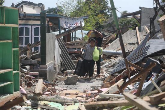 Sube a 436 el número de muertos por el terremoto en la isla de Lombok, Indonesia