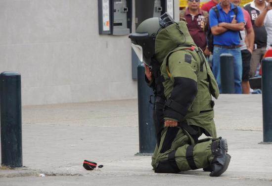Portoviejo: Calle América fue abierta al tránsito tras descartar amenaza por objeto sospechoso