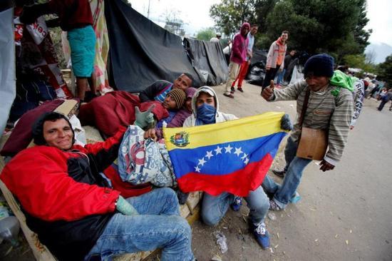 Gobierno ecuatoriano levanta instalaciones en pasos fronterizos ante afluencia venezolanos