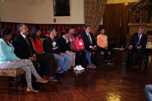 Ecuador pedirá pasaporte a venezolanos para ingresar al país