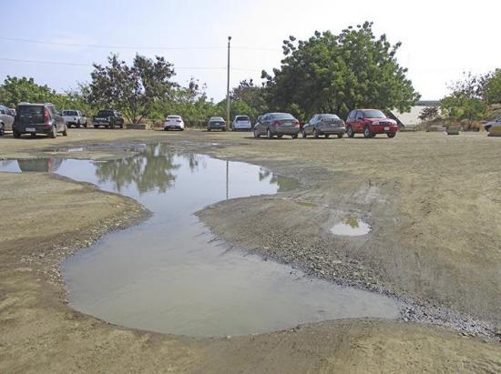 Contaminación en parqueadero