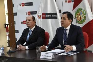 Perú también exigirá pasaporte a los venezolanos ante la masiva inmigración