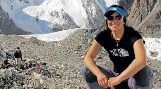 Primera latinoamericana en coronar el Everest sin oxígeno busca nuevas rutas