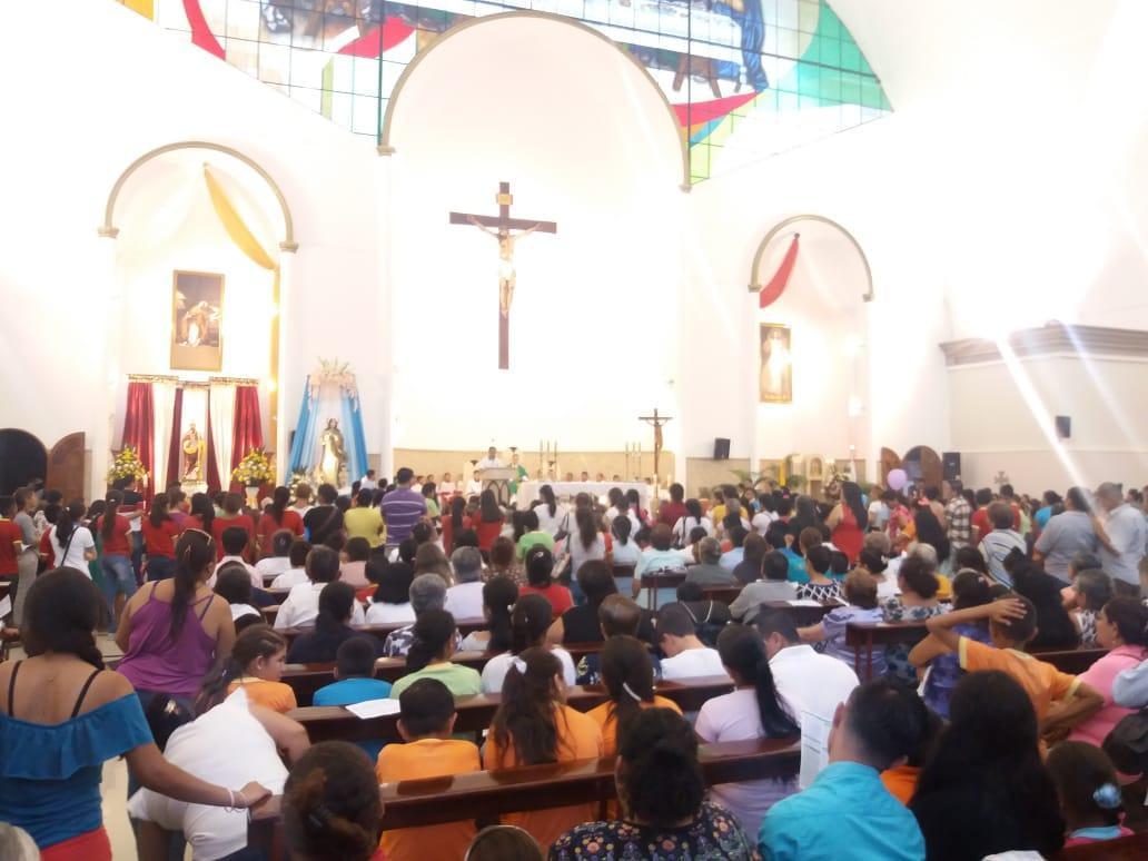 Un pregón y una misa da inicio a las fiestas patronales del cantón Bolívar