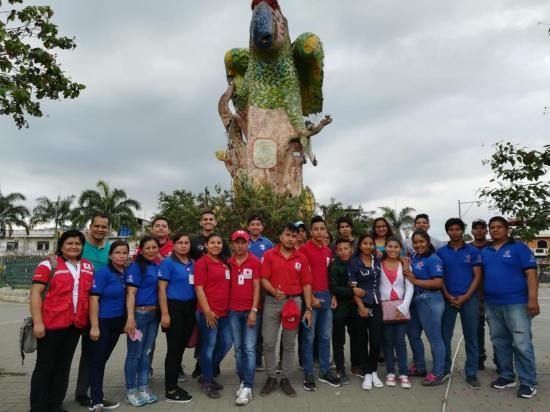 Miembros de Cruz Roja participan en campamento en Paján