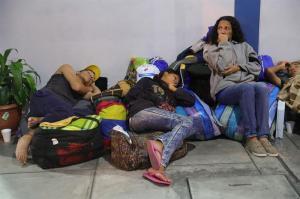 Ofrecerán albergue temporal y transporte a venezolanos al ingresar a Perú