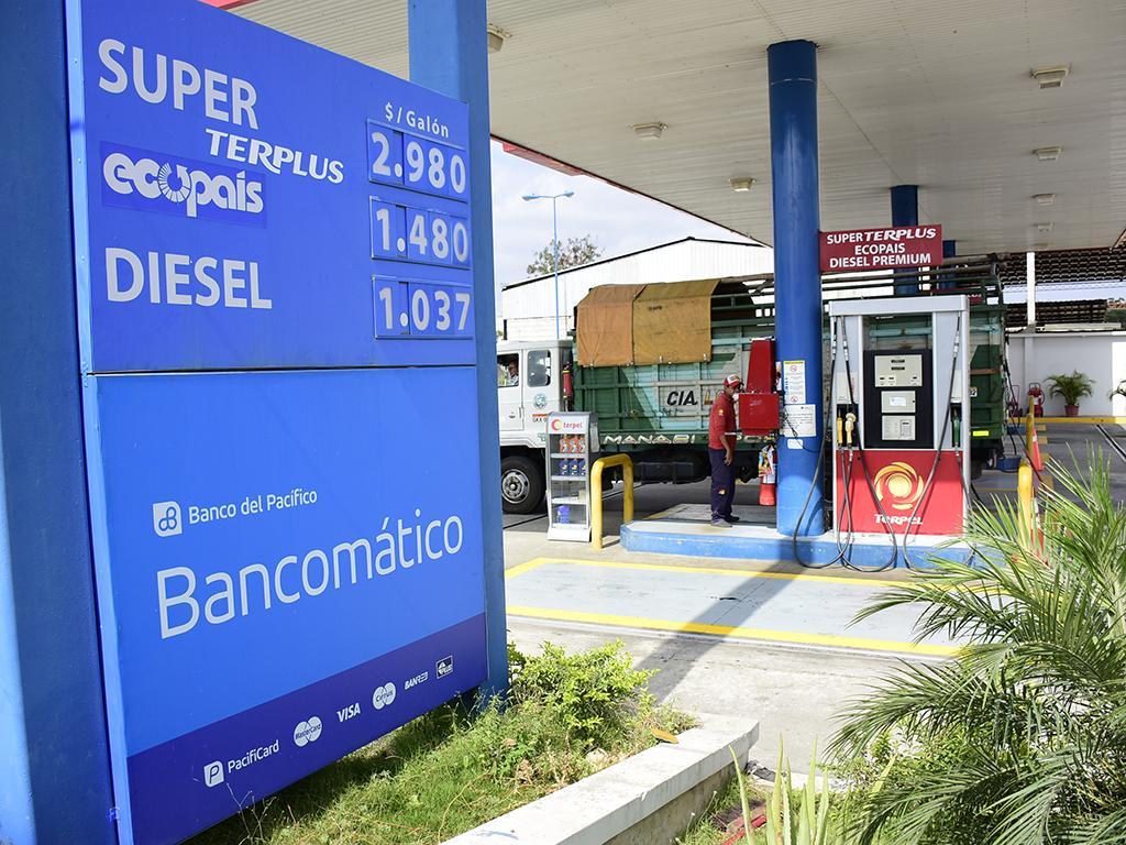 Distribuidores de combustible buscan mejorar sus ganancias