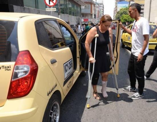 Capturan en Colombia a organizadora del viaje en ''narcobus'' para extraditarla a Ecuador