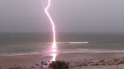 Un turista francés muere en playa dominicana tras ser alcanzado por un rayo