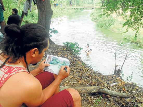 Festival lo inspiró a pintar el río