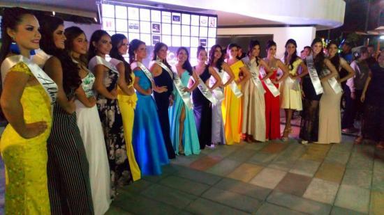 16 bellas portovejenses aspiran a ser la sucesora de Vivian Ibarra, Reina de Portoviejo 2017