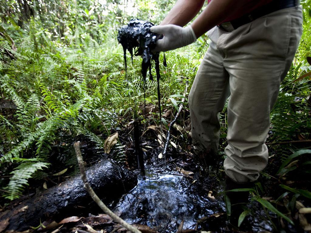 Defensoría urge a Ecuador a exigir a Chevron que cumpla sus responsabilidades