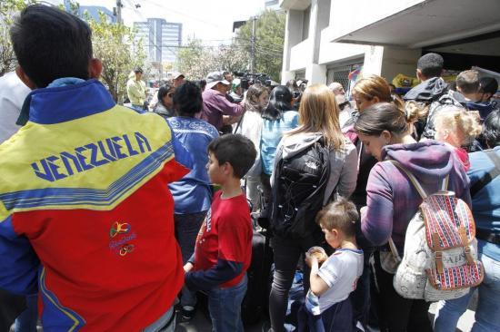 Venezuela prepara ''acción internacional'' por supuesto maltrato a inmigrantes