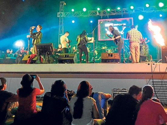 Show de rock sinfónico en la Rock City