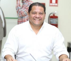Xavier Santos vuelve a ser gobernador de Manabí tras la renuncia de Fabricio Díaz