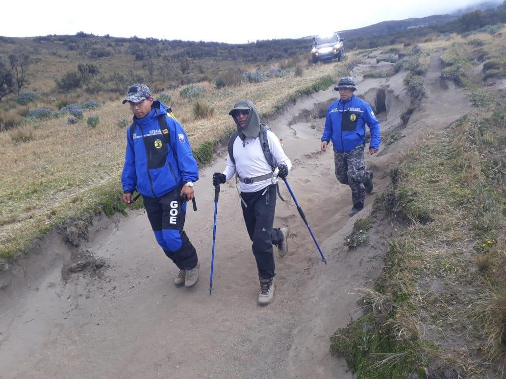 Ubican a persona desorientada a sesenta metros de la cumbre del volcán Illiniza